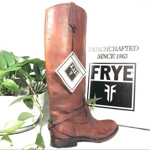 Gorgeous FRYE Lindsey Plate Cognac Distressed Boot